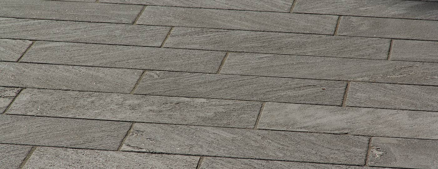 external natural stone paving slabs made by Stone Concept